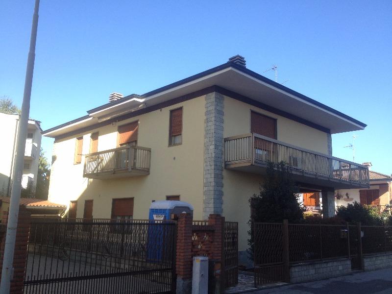 Tinteggiatura facciata esterna